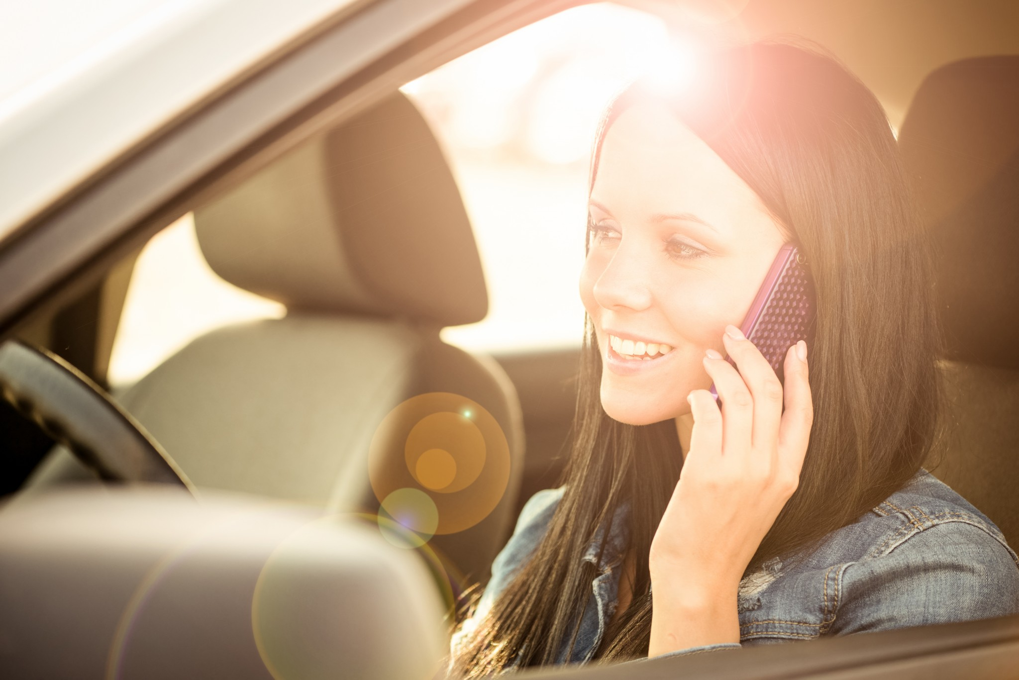bigstock-Calling-phone-while-driving-ca-84489116